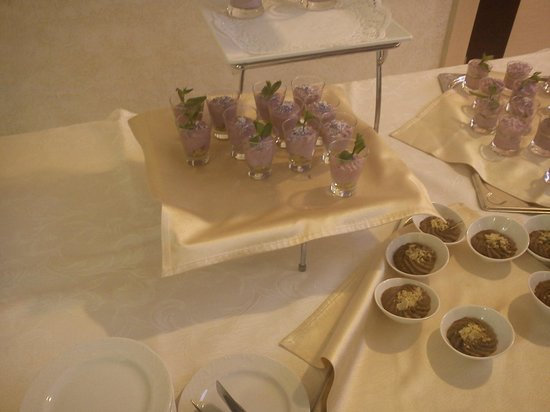 Puscha Congress Hotel : Catering