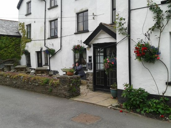 The Staghunters Inn