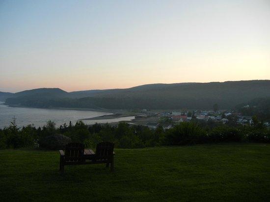 Cliffside Suites: Sunrise