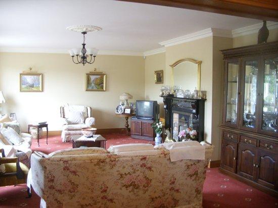 Murvagh Links Manor: living room