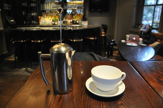 South End Buttery: My French Press (cafetiere) of coffee in the bar