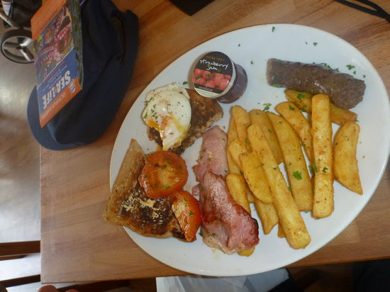 LangeLee's: South African breakfast, not to miss