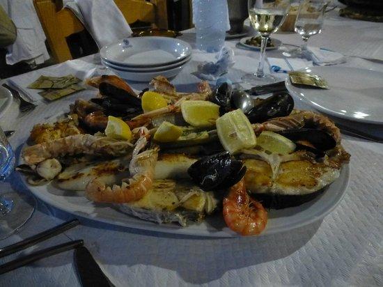 Moli d'es Raco: la parillada de poissons et coquillages