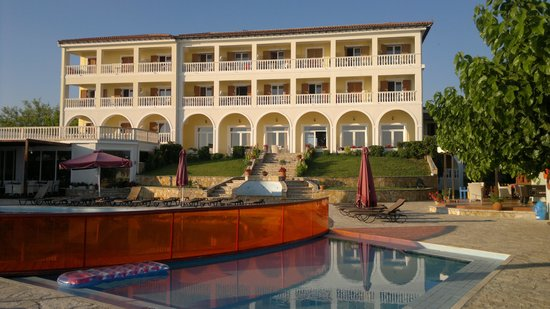 Tsamis Zante: View of the Hotel