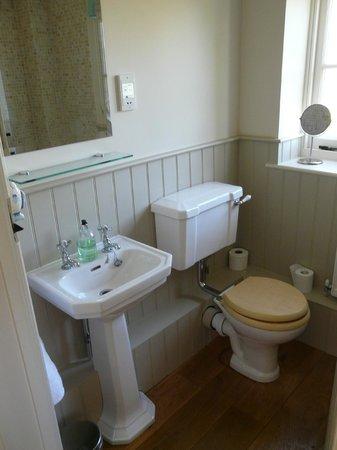 Carents Farm: Bathroom