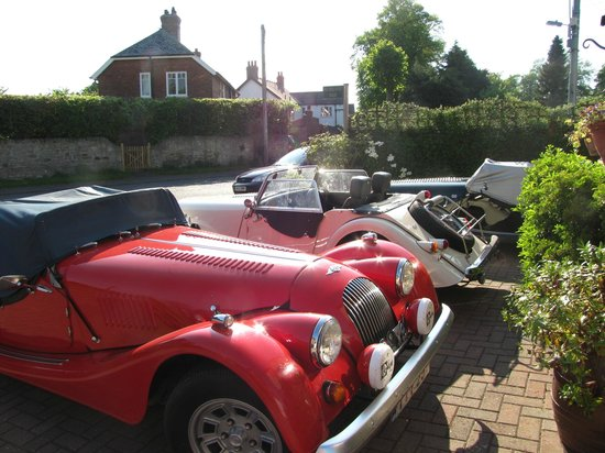 Norgate B&B: Visitors Parking Space