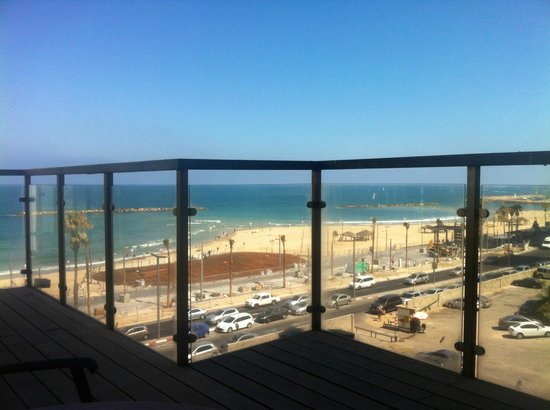 Dan Tel Aviv Hotel: Beach View from the Dan