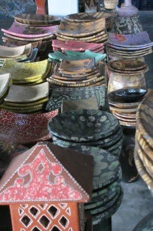 Cocotinos Sekotong, Boutique Beach Resort & Spa: BayunMulek Potteries