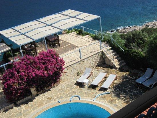 Korsan Ada Hotel: oda manzarası