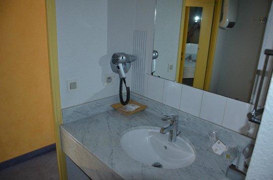 Best Western Hotel Athenee : lavabo