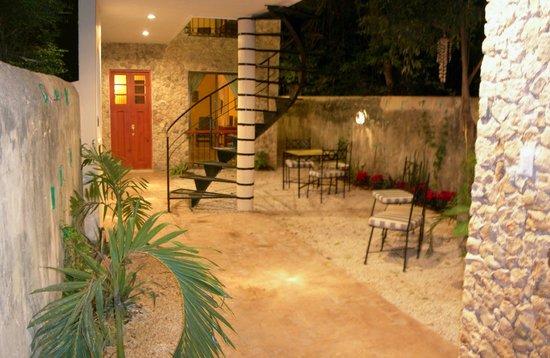 Casa Del Maya: The Rear Courtyard