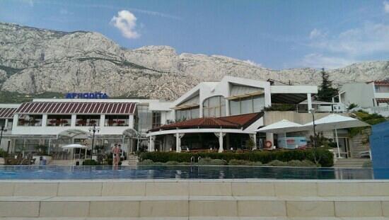 Bluesun Resort Afrodita: Hotelanlage und Pool