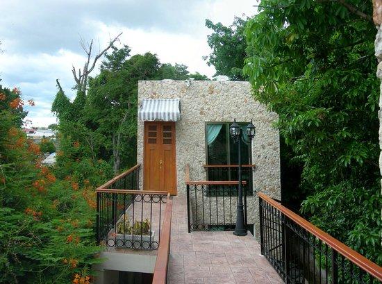 Casa Del Maya: Yaxche room entrance