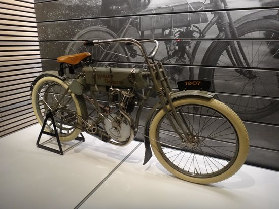First Harley Davidson: Picture Of Harley-Davidson