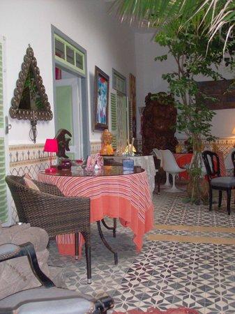 Dar Adul : Caravane Cafe