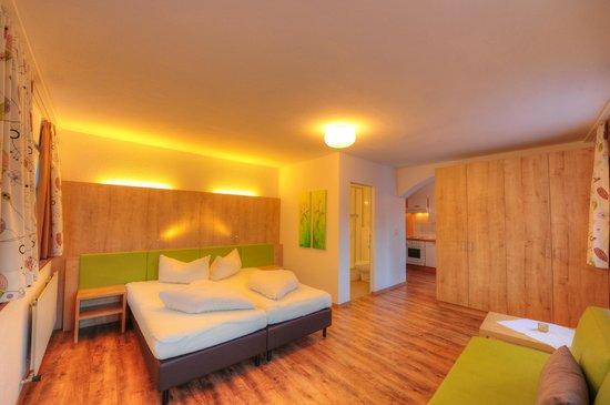 Gasthof Kreuz: Appartement 4-8 Personen mit 2 Schlafzimmern