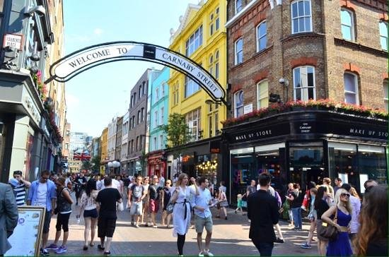SANDEMANs NEW Europe - London: The famous Carnaby street.