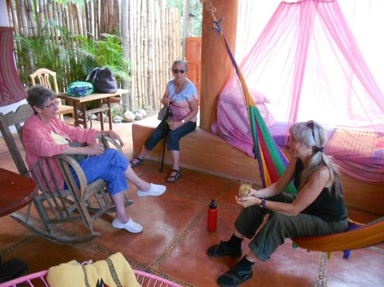 Casa del Encanto: Enjoying a visit in the outdoor area of one of our rooms.