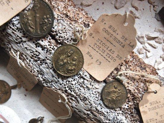 CEDAM Museum: saint medallions