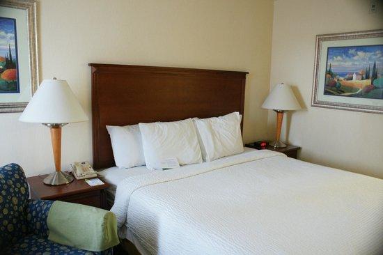 Baymont Inn & Suites Flagstaff : Room