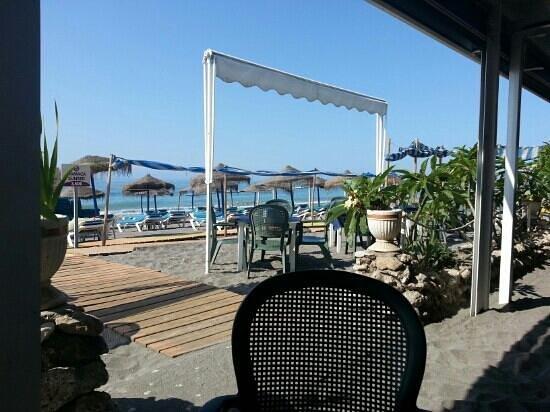 Pepe Oro Bar Restaurant: beachside restaurant / bar