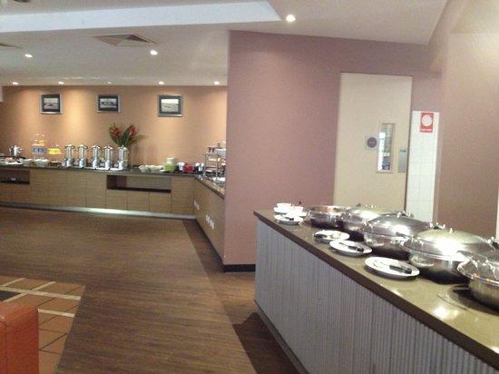 Mercure Broome : Buffet breakfast