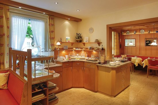 Hotel Kriemhild: breakfast buffetn)
