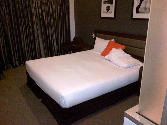 Novotel Brisbane Airport: bedroom
