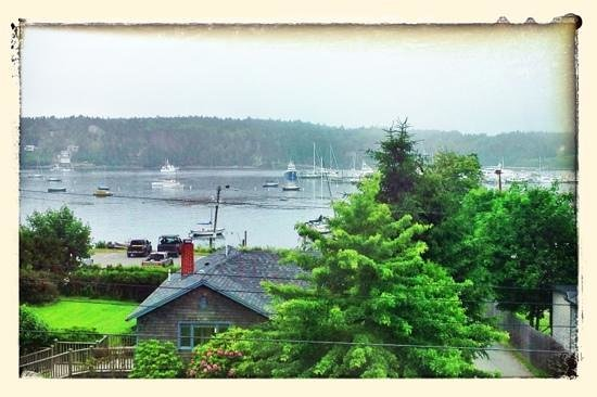 Clark Point Inn : The view from our room! Madison Marie