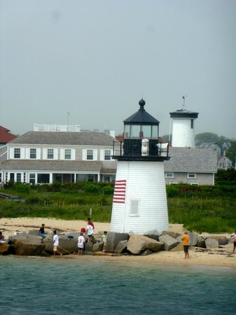 The Chapman House: Brant Point Lighthouse
