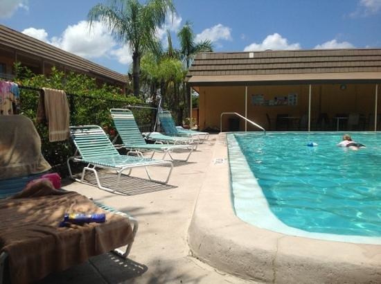 Knights Inn Sarasota Photo