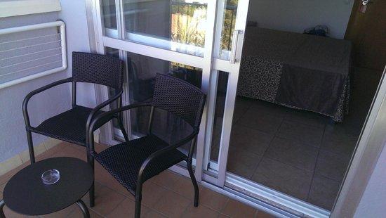 Cosmopolitan: balcony