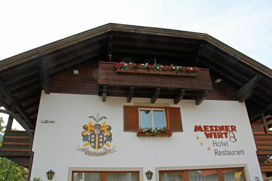 Hotel Ristorante Messnerwirt : Hotel Messnerwirt in Oberolang