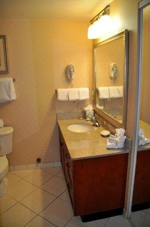 Residence Inn Memphis Downtown: unser Badezimmer
