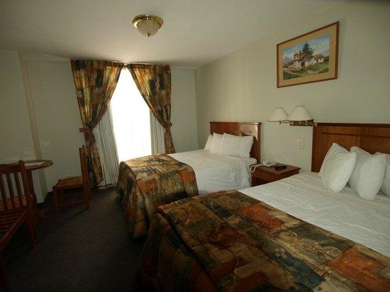 Casona Plaza Hotel: Chambre nuit 1 au 2° étage