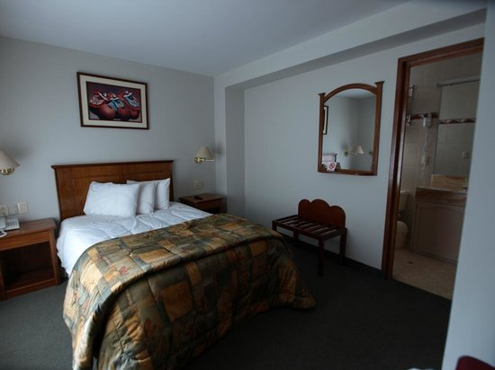 Casona Plaza Hotel: Chambre nuit 2 au 5° étage