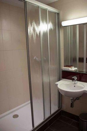 Austria Classic Hotel Wien: shower
