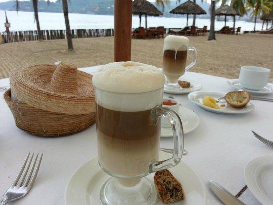 Villa del Sol Resort: Breakfast lattes