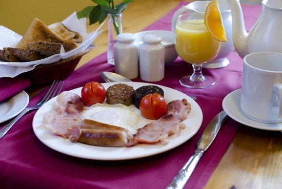 Kenny's Guesthouse: Full Irish breakfast