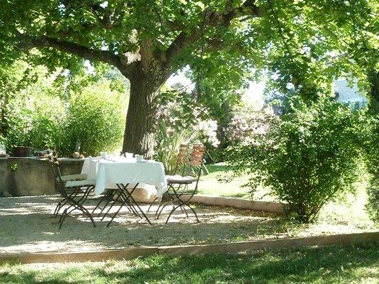 Le jardin bild von restaurant gastronomique auberge la for Auberge le jardin