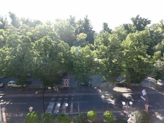 Verdi Hotel: Θέα στο πάρκο Ducale από το παράθυρο του 3ου ορόφου