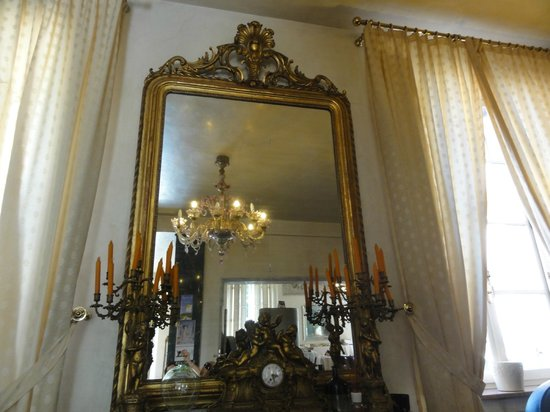 Verdi Hotel: Lobby ξενοδοχείου