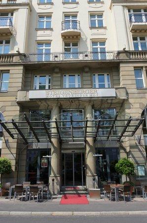 Steigenberger Hotel Thüringer Hof: Aussenansicht