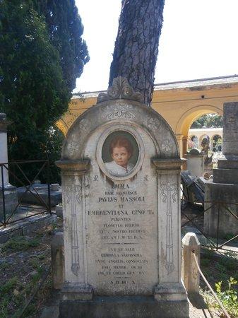 Cimitero Monumentale del Verano: ritratto di una bimba