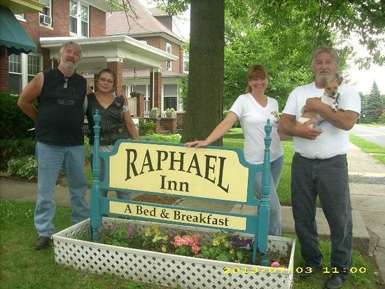 Raphael Inn Bed and Breakfast: June 2013 visit