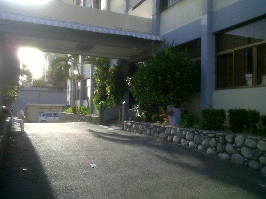 Las Quince Letras Hotel: entrada al hotel