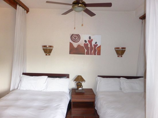 Tarangire Sopa Lodge: Quarto (Interior)