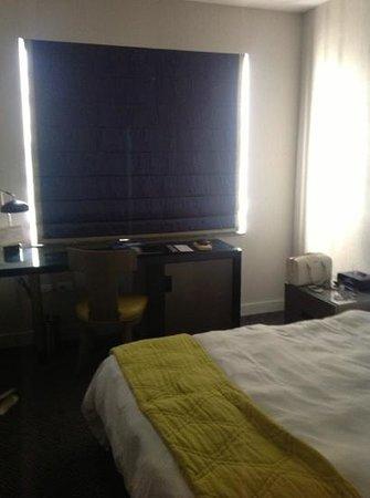 Hotel Breakwater South Beach Photo
