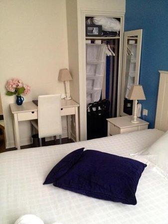 Hotel Saint-Pierre des Terreaux: Room 103