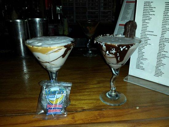 Park Avenue Manor: Jen's and Friends martini's